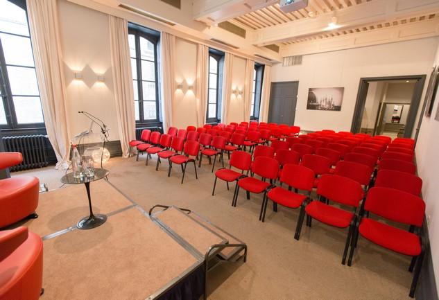 grande_salle_conference2